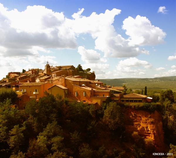 Roussillon, petit village provencal