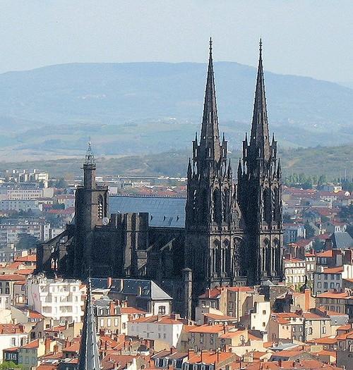 cathedrale-de-clermont-ferrand