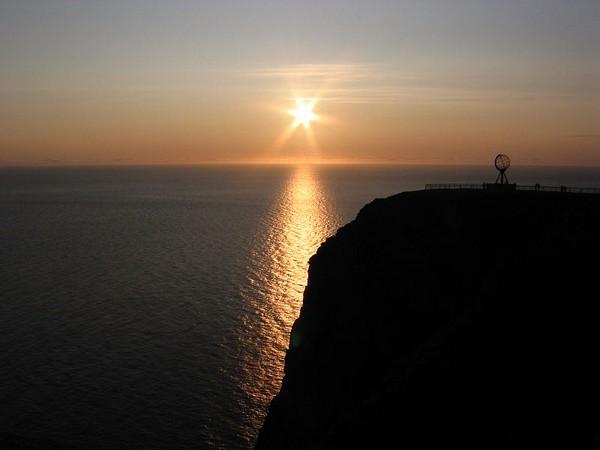 soleil-de-minuit-en-norvege