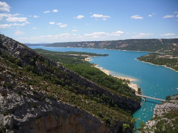 vue-panoramique-lac-de-sainte-croix